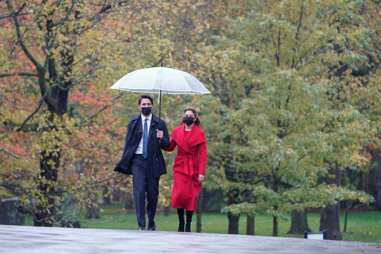 Prime Minister Justin Trudeau and Sophie Gregoire Trudeau arrive for the cabinet swearing-in ceremony at Rideau Hall in Ottawa, Tuesday, Oct.26, 2021 THE CANADIAN PRESS/Adrian Wyld